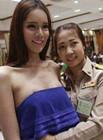 妹纸和尚猛男混杂的奇葩泰国征兵报道现场